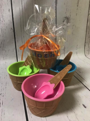 Ice Cream Bowls & Spoons | Party Favors