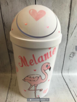 Image Trash Pail /Flamingo With Hearts