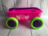 Image Small Pull Wagon - Hearts